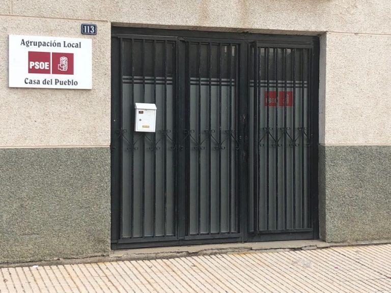 El PSOE de Salamanca muestra su total repulsa y rechazo a los actos vandálicos contra su sede en Villares de la Reina