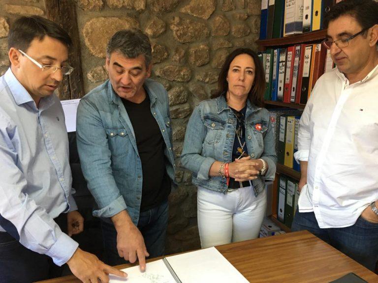 Fernando Pablos pone a San Martín del Castañar como un ejemplo del modelo energético que el PSOE quiere para Castilla y León