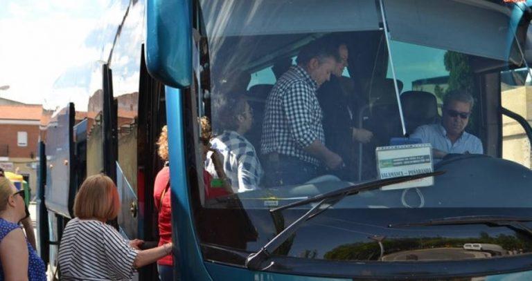 Un requerimiento del PSOE hace que se recuperen las paradas suprimidas en la línea de transporte público que une la comarca de La Armuña con Salamanca